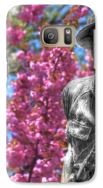 Galaxy Case featuring the photograph World War I Buddy Monument Statue by Shelley Neff
