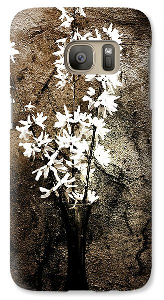 Galaxy Case featuring the photograph Yellow Bells by Gray  Artus