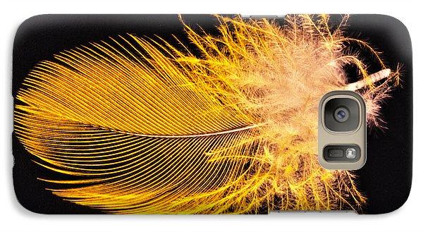 Yellow Feather Macro Galaxy S7 Case