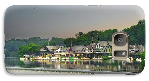 Galaxy Case featuring the photograph Zoo Balloon Flying Over Boathouse Row by Bill Cannon