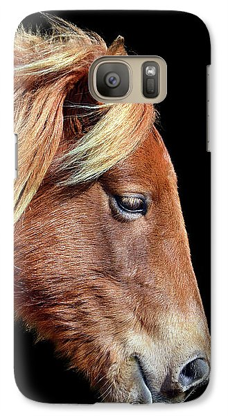 Galaxy S7 Case featuring the photograph Assateague Pony Sarah's Sweet Tea Portrait On Black by Bill Swartwout Fine Art Photography