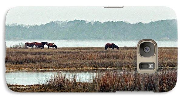 Galaxy S7 Case featuring the photograph Band Of Wild Horses At Sinepuxent Bay by Bill Swartwout Fine Art Photography