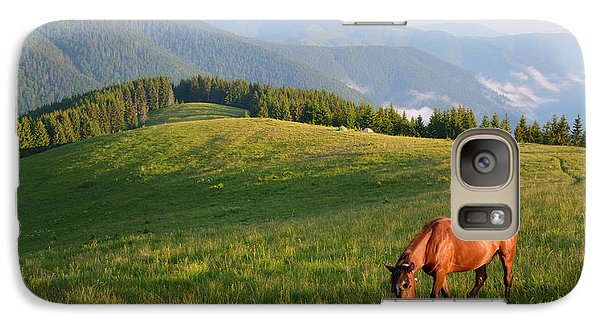 Pasture Galaxy S7 Case - Grazing Horse On Mountain Pasture by Brum