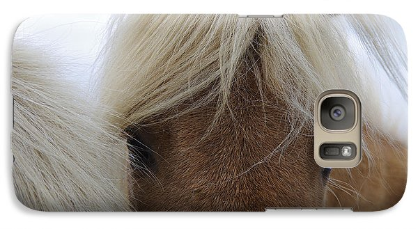 Pasture Galaxy S7 Case - Portrait Of Icelandic Horses With Long by Igor Dymov