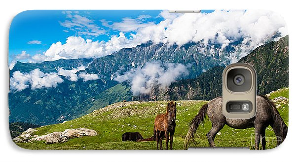 Pasture Galaxy S7 Case - Wild Horses Pasturing On Mountain by Banana Republic Images