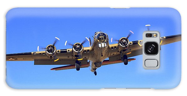 B17 Flying Fortress On Approach At Livermore Klvk Galaxy Case
