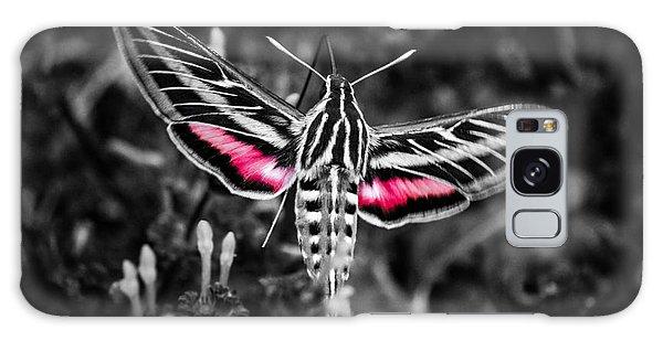 Hummingbird Moth Bw Print Galaxy Case