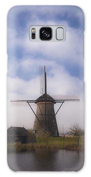 Windmill In Kinderdijk Netherlands Galaxy Case