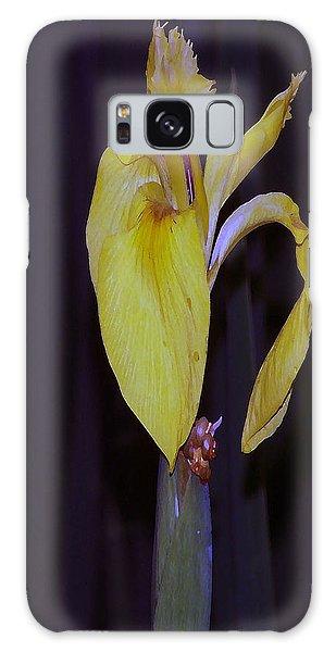 091514 Digital Dry Brush Swamp Lily Galaxy Case