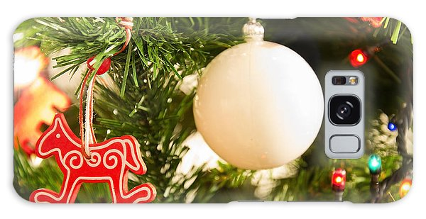 Christmas Tree Red Horse And White Ball Galaxy Case