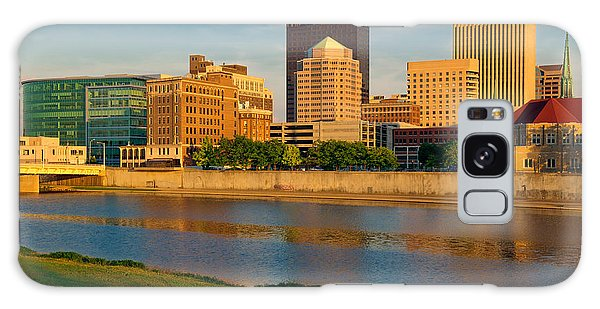 D4u-379 Dayton Skyline Photo Galaxy Case
