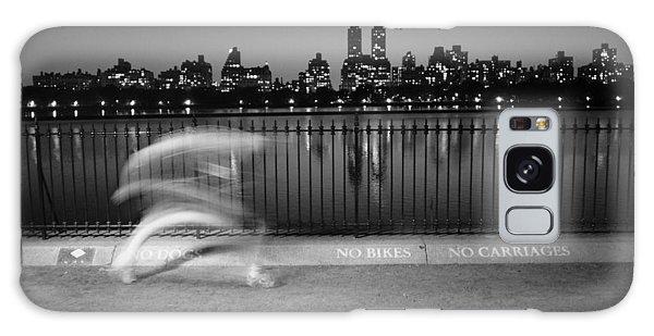 Night Jogger Central Park Galaxy Case