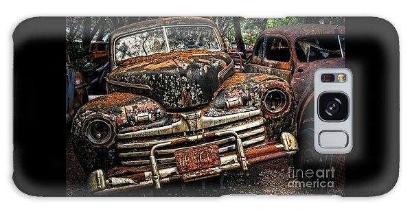Old Rusty Ford Galaxy Case