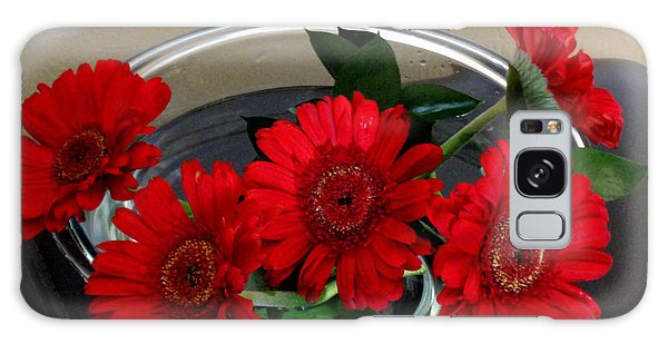 Red Flowers. Special Galaxy Case