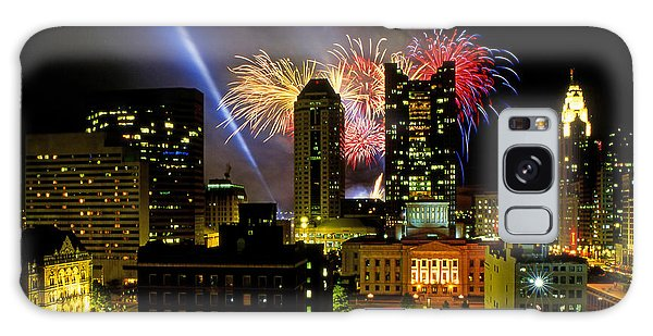 21l334 Red White And Boom Fireworks Display Photo Galaxy Case