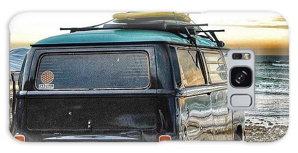 Vw Bus Galaxy Case - Sano Surf Bus And Boards by Hal Bowles