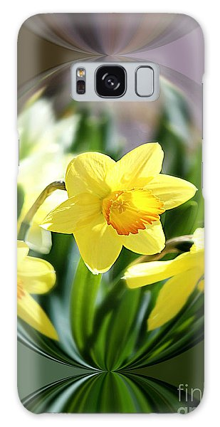 Spring Daffodils   Galaxy Case by Tina  LeCour