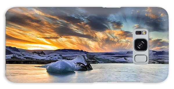 sunset at Jokulsarlon iceland Galaxy Case by Gunnar Orn Arnason
