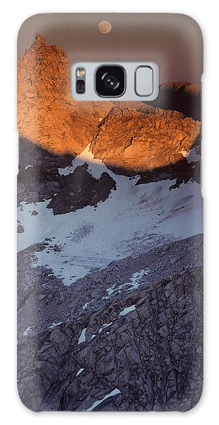 Kings Canyon Galaxy Case - Usa, Sawtooth Peak, Sunset, Moonrise by Gerry Reynolds