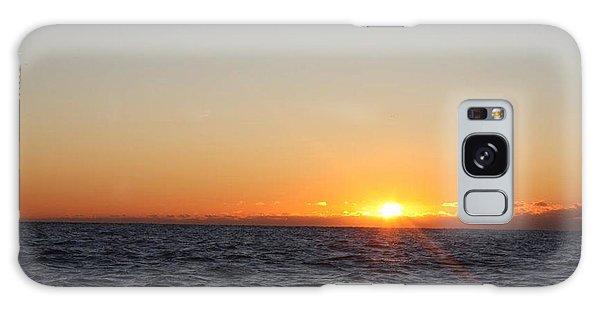 Winter Sunrise Over The Ocean Galaxy Case