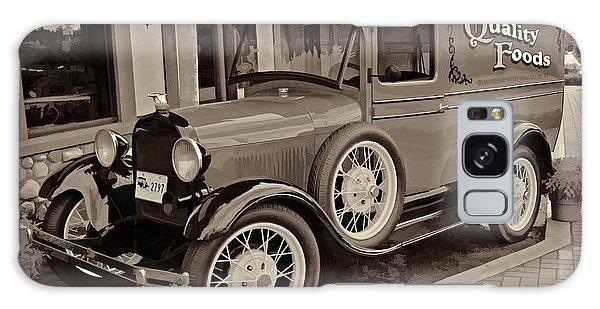 1930 Ford Panel Truck Galaxy Case by Richard Farrington