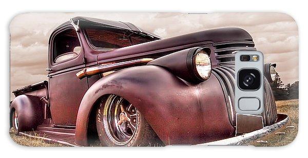1941 Rusty Chevrolet Galaxy Case