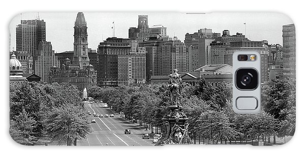 Art Institute Galaxy Case - 1950s Benjamin Franklin Parkway Looking by Vintage Images