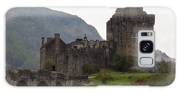 Cartoon - Structure Of The Eilean Donan Castle With A Stone Bridge Galaxy Case