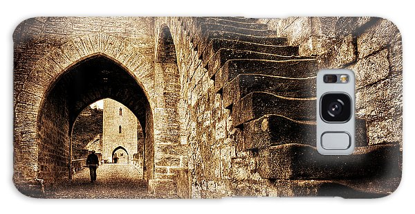 Galaxy Case featuring the photograph Pont Valentre / Cahors by Barry O Carroll