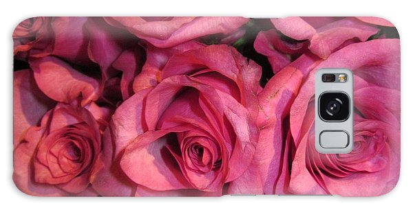 Rosebouquet In Pink Galaxy Case