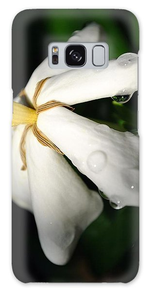 Sun Kissed Gardenia Galaxy Case