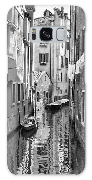 Venetian Alleyway Galaxy Case by William Beuther