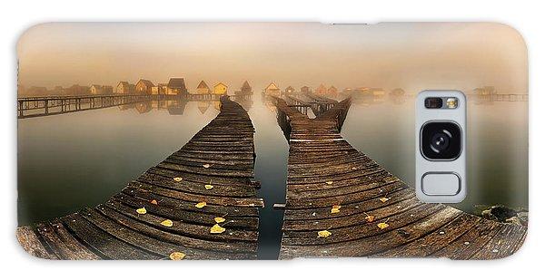 Pier Galaxy Case - Mist... by Krzysztof Browko