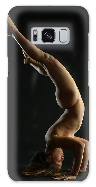 5137 Nude Woman Headstand  Galaxy Case