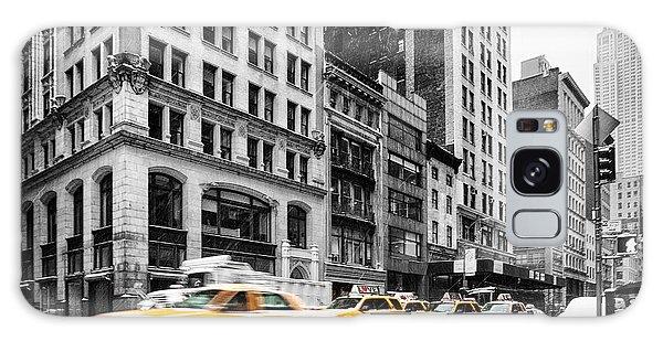 The Empire Galaxy Case - 5th Avenue Yellow Cab by John Farnan