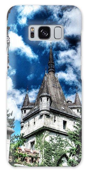 Church Budapesht   Galaxy Case by Yury Bashkin
