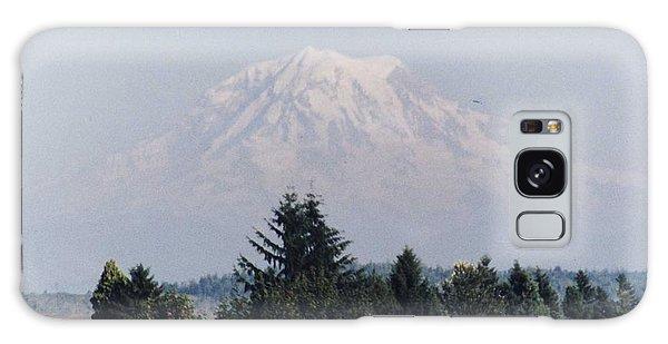 Mount Rainier  Galaxy Case by Myrna Walsh