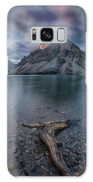 Long Exposure Galaxy Case - A Cloudy Day In Bow Lake by Michael Zheng