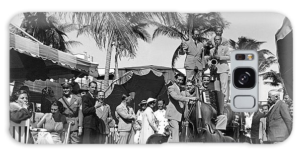 Outdoor Dining Galaxy Case - A Portable Jazz Band In Miami by Underwood Archives