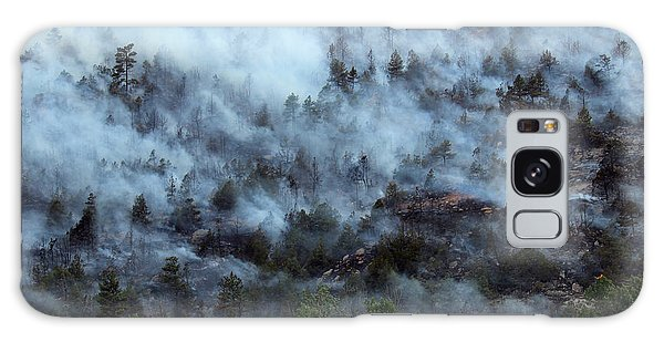 A Smoky Slope On White Draw Fire Galaxy Case by Bill Gabbert