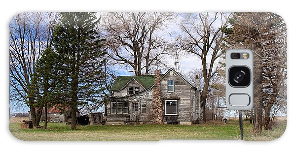 Abandoned Minnesota Farmhouse Galaxy Case