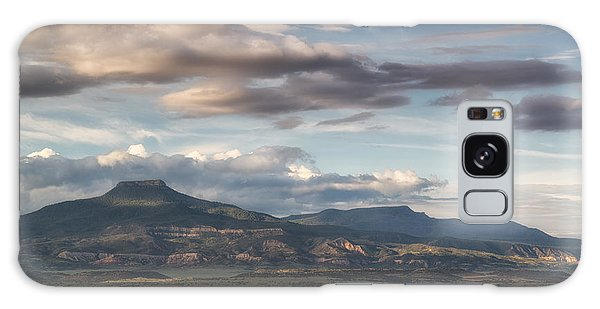 Abiquiu New Mexico Pico Pedernal In The Morning Galaxy Case