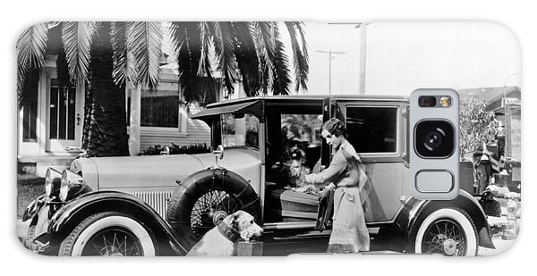 Nebraska Galaxy Case - Actress And Dogs Go On Trip by Underwood Archives