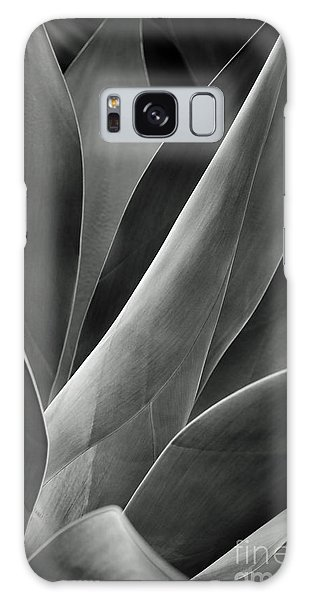 Agave In Black And White Galaxy Case