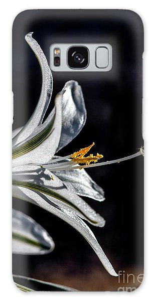 Haybale Galaxy Case - Ajo Lily Close Up by Robert Bales