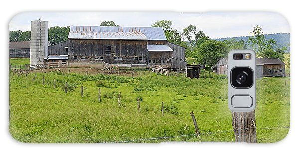 Amish Barn #1 - Woodward Pa Galaxy Case