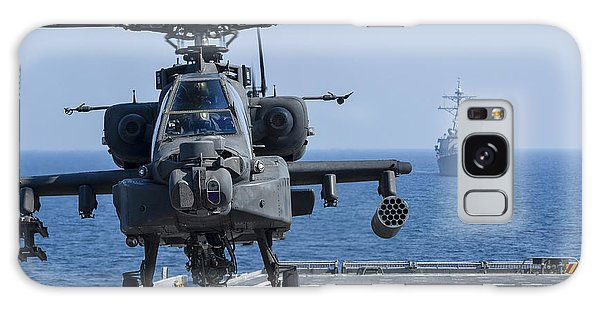 An Army Ah-64d Apache Helicopter Takes Galaxy Case
