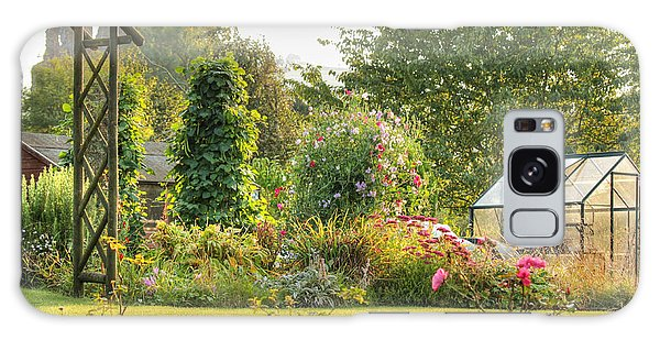 An English Country Garden Galaxy Case