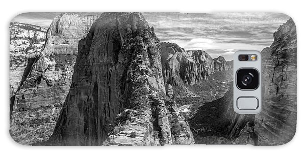 Angel's Landing In Black And White Galaxy Case