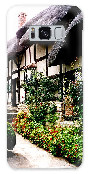Anne Hathaway's Cottage Galaxy Case